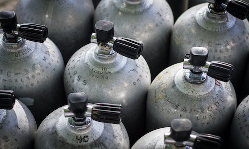 Flaschen TÜV